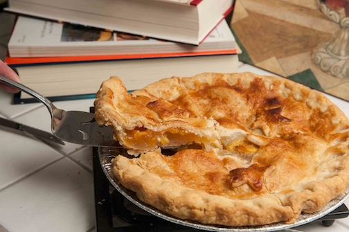 Vanilla Bean Peach Pie, Photo by Diane and Doug Russell