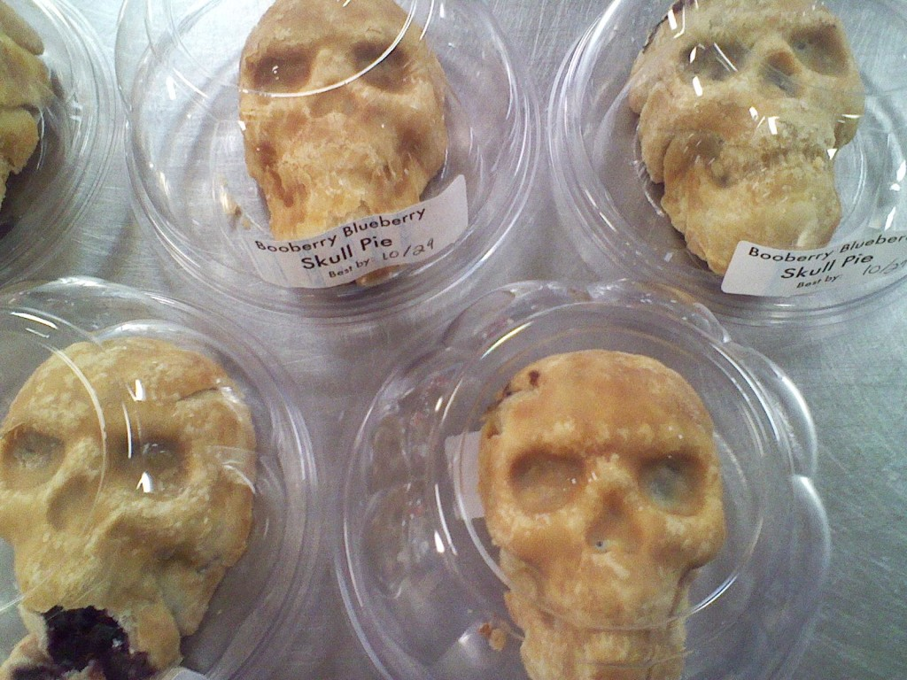 Skull Pies in plastic